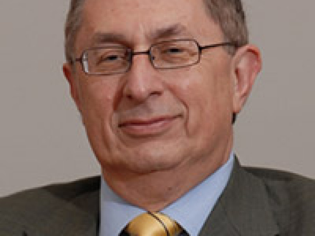 Dr. Andrew Kakabadse