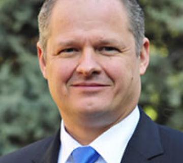 Dr. Marc Sachon