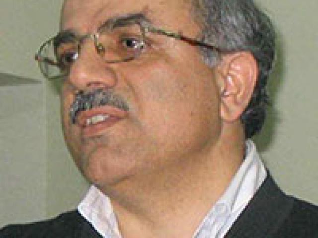 Dr. Mustafa Ozel